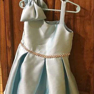 Rare Editions child's formal wear dress w jewels